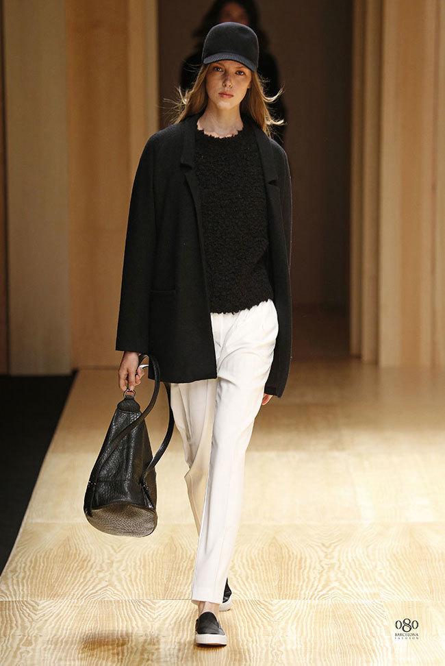 Foto de Mango abre la 080 Barcelona Fashion con su colección Otoño-Invierno 2014 y Toni Garrn (33/41)