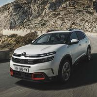 El Citroën C5 Aircross apuesta por la modularidad, el confort y la conducción semiautónoma para imponerse entre los SUV compactos