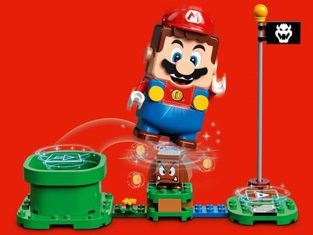 Este usuario ha convertido el muñeco de LEGO Super Mario en un mando para jugar al Super Mario Bros de NES