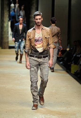 DG, Primavera-Verano 2010 en la Semana de la Moda de Milán III