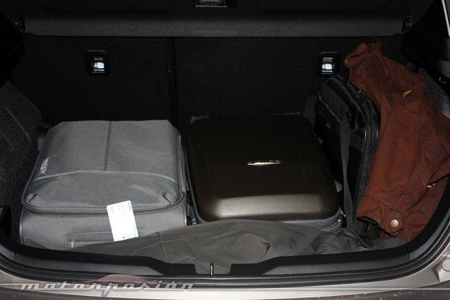 Maletero del Toyota Auris 2013