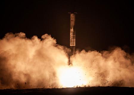 SpaceX logra reutilizar un cohete cuatro veces con éxito por primera vez: un paso más en su intención de conseguir los diez usos