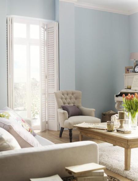 Tapizar el sof 7 tendencias que te pueden inspirar for Pintura pared gris azulado