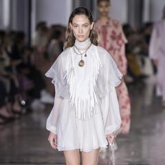 Foto 35 de 61 de la galería giambattista-valli-primavera-verano-2019 en Trendencias