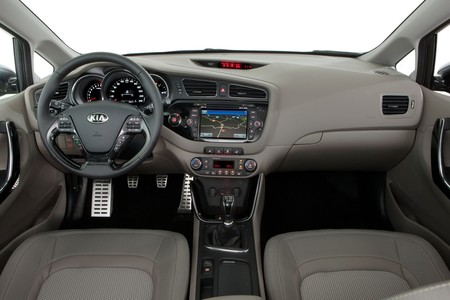 New 2012 Kia Cee D Photos Released 42