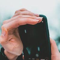Apple comenzará a escanear tus fotos en el iPhone y iCloud como medida de protección contra la pornografía infantil