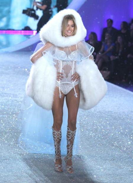 Doutzen Kroes Victorias Secret 2013 Snow Angels