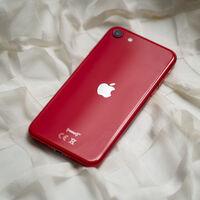 El iPhone SE de 256 GB con auriculares y cargador está rebajado en Amazon a su precio mínimo histórico: 527,20 euros