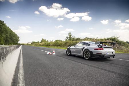 Porsche 911 GT2 RS aceleración