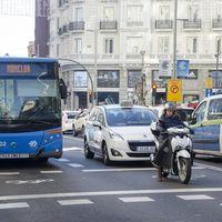 """Pere Navarro: """"La moto tiene mala imagen porque tiene que buscar su espacio quitándoselo a los demás"""""""