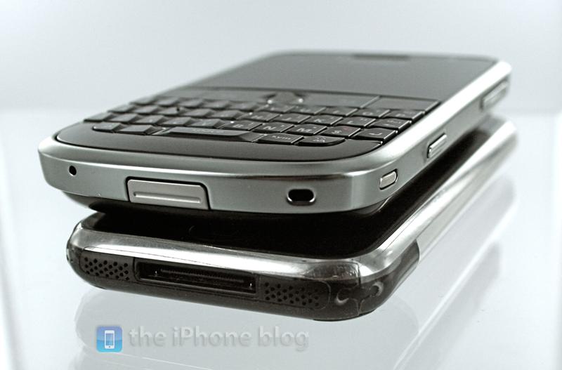 Foto de BlackBerry Bold vs iPhone (8/17)