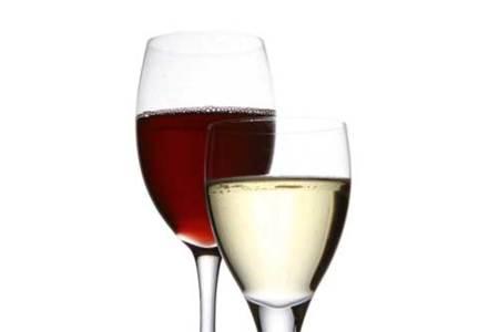 El alcohol, un enemigo de nuestra dieta. Operación bikini