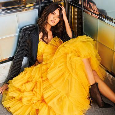 Los vestidos de fiesta de Pronovias son tan especiales te harán sentir como una invitada de alfombra roja