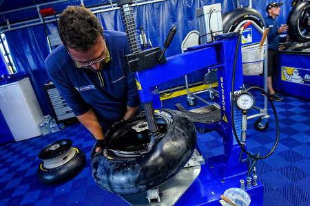 Michelin congela los neumáticos de MotoGP y no cambiarán a lo largo de la temporada 2018