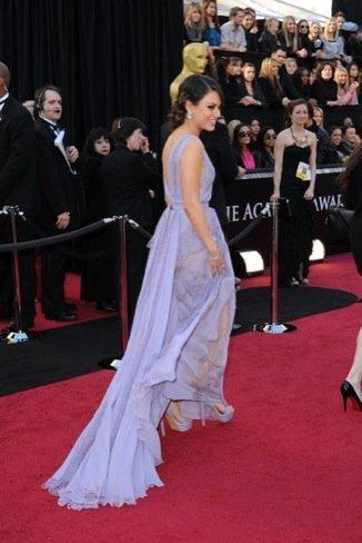 Mila Kunis zapatos Oscar 2011
