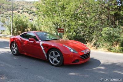 Captan mula de pruebas de Ferrari California T en España