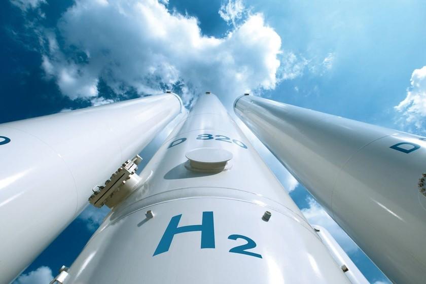 Unos científicos han empezado a producir hidrógeno para el coche eléctrico de forma instantánea y a demanda
