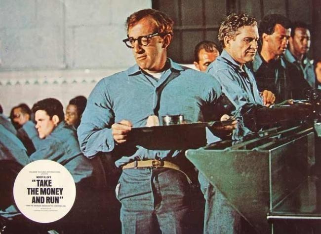 Woody Allen en una escena de Toma el Dinero y Corre