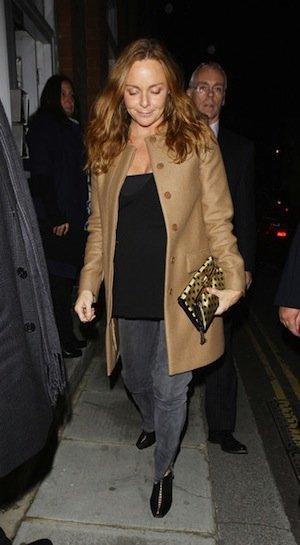 Ficha los estilismos con abrigo de la diseñadora Stella McCartney