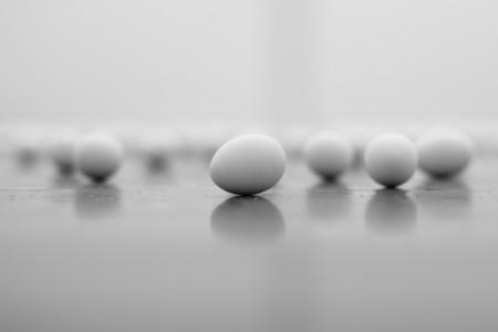 Huevo, 5 normas básicas para manipularlo con seguridad