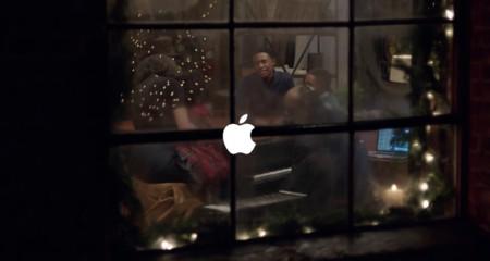 Apple y Stevie Wonder nos dan la bienvenida a la época navideña con su nuevo anuncio