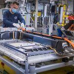 El futuro de los coches eléctricos pasa por la tecnología de 800 voltios: más autonomía con menos tiempo de carga