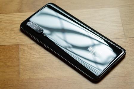 Xiaomi Mi 9 Trasera 05