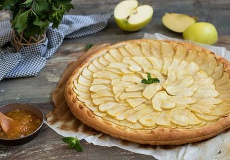 Cocina con las manos libres: así se prepara una tarta de manzana con Alexa
