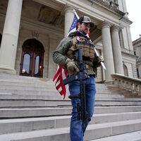 """""""Entrenamos para esto"""": así se organizaron las milicias por una app-walkie-talkie en el asalto al Capitolio"""