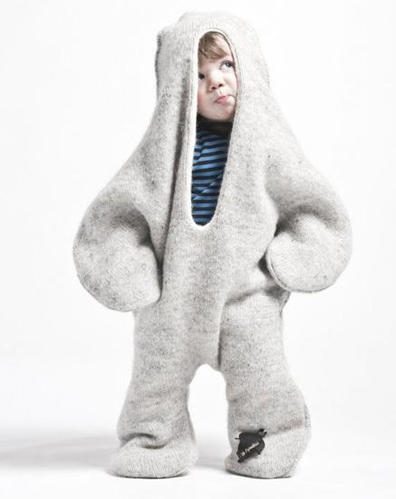 Convierte a tu niño en una foca con el buzo manta de Vík Prjónsdóttir