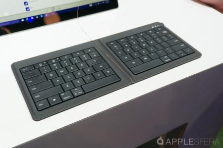 Foldable Keyboard Microsoft Mwc15 Applesfera 1