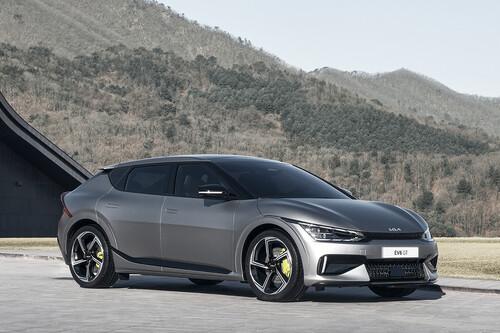 El KIA EV6 inaugura la era eléctrica de KIA con aceleración de Taycan y 510 km de autonomía