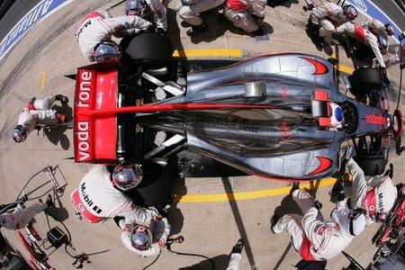 McLaren y Force India estrenarán en Silverstone los escapes bajos al estilo del Red Bull RB6