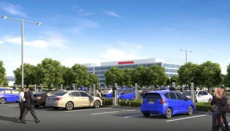 Honda instala 120 puntos de recarga para coche eléctrico en su sede de California... pero ellos no venden enchufables