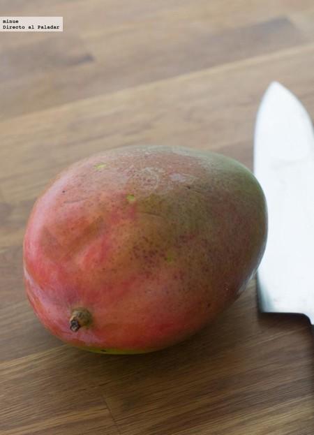 Cómo pelar y cortar un mango sin armar un estropicio