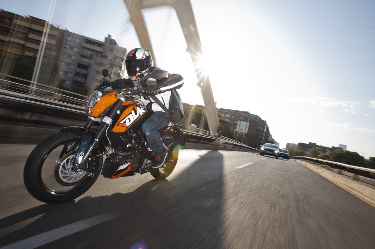 Foto de KTM 200 Duke, para los que quieren un poco más (1/10)
