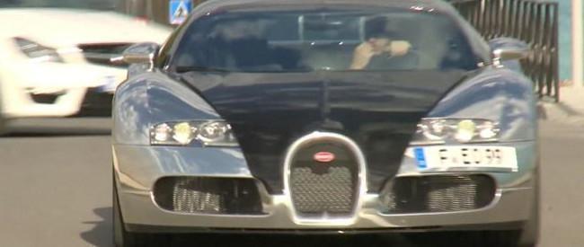 """Karim Benzema se mueve en un Bugatti Veyron de matrícula """"feo"""""""