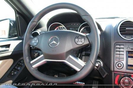 ¿Tiene que ser redondo el volante de un coche?