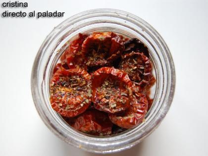 Tomates cherry secos en aceite