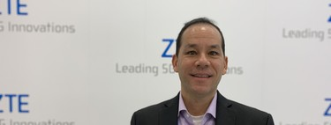 """We are four or five years of that smartphones are folding are normal"": Jeff Yee, VP of Innovation of ZTE"
