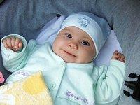 El cochecito también puede ayudar a que el bebé padezca plagiocefalia (cabeza plana)