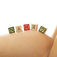 Nueve errores frecuentes que no querrás cometer al elegir el nombre de tu bebé