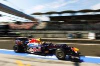 Mark Webber vence en Hungría por delante de Fernando Alonso