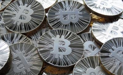 Las carteras bitcoin vuelven a la App Store tras el cambio de normativa