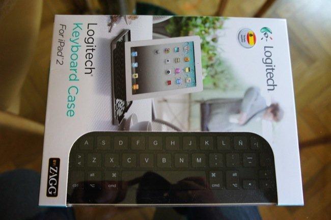 Logitech  Keyboard Case, funda y teclado todo en uno para el iPad 2