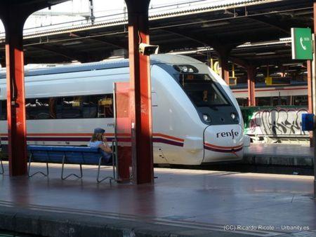 Renfe lanza plazas promocionales para viajar en trenes de Alta Velocidad (AVE) ¡129.000!