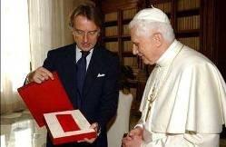 El Papa recibe a Ferrari