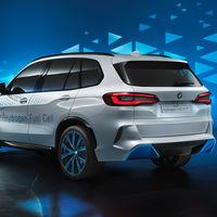BMW sigue a vueltas con el coche de hidrógeno: cree que su coste se igualará al de los motores térmicos en cinco años