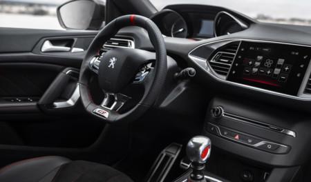 Peugeot 308 GTi toma de contacto prueba