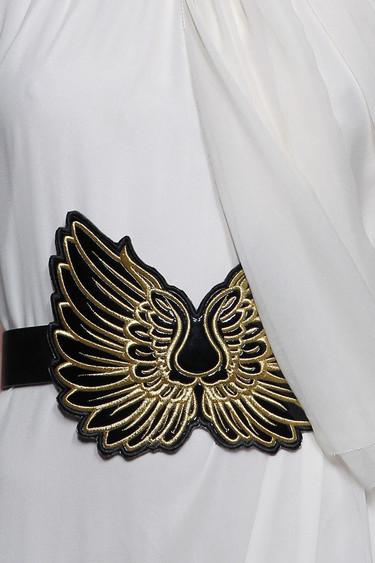Claves de estilo para ir de shopping: cinturones que darán un toque chic a tu look